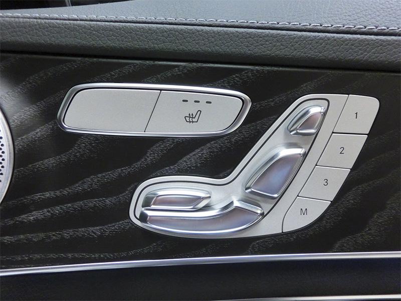 2016メルセデスベンツAMG C43 ステーションワゴンフロントシート調整