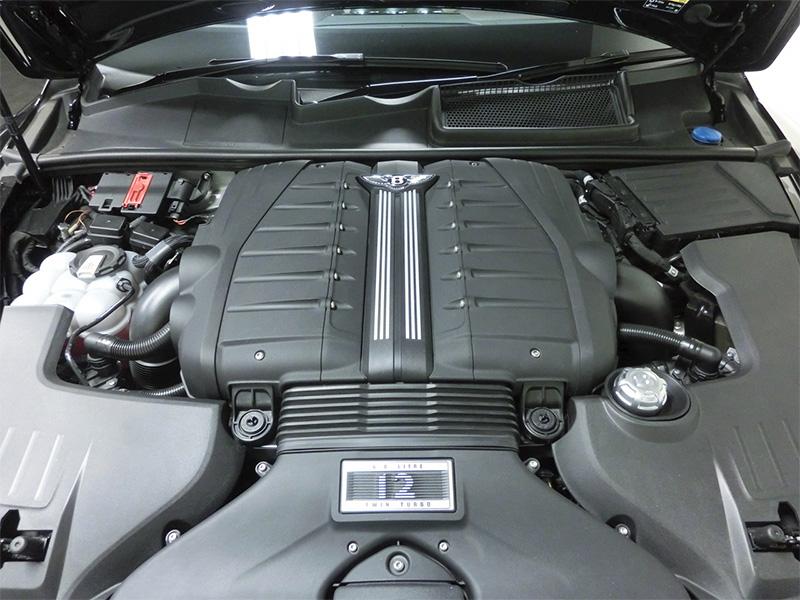 ベンテイガW12エンジン