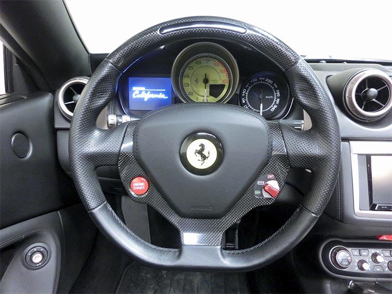 フェラーリ カリフォルニア中古車