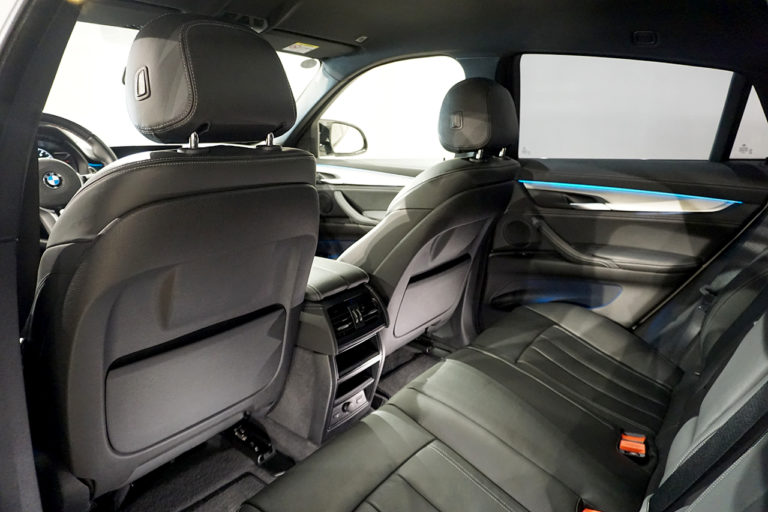 2020年式 BMW X6M ホワイト