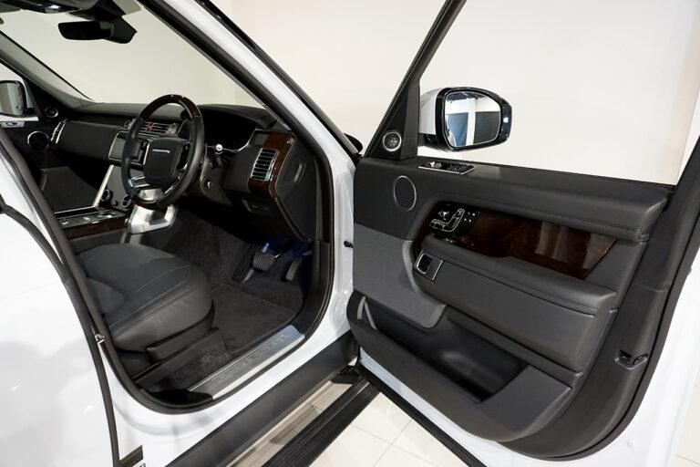 ランドローバー レンジローバー ヴォーグ 5.0リッター ユーロンホワイト 2019年式 MQ3550